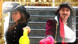 Пираты - аниматоры в шляпах